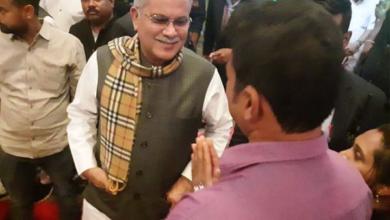 """Photo of CM भूपेश से पूछा एक युवक ने सवाल…."""" स्कूल कब ओपन होगा सर""""…. CM भूपेश बघेल का दोस्ताना अंदाज में जवाब, कहा- """"कुछ दिन रुको यार"""""""