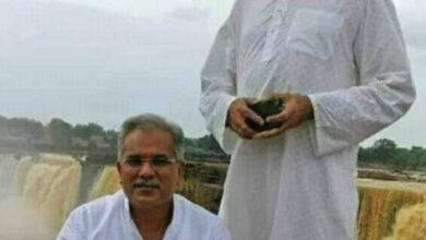 """Photo of सदन में जय-बीरु की चर्चा : जब चर्चा के लिए मंत्री सिंहदेव और CM भूपेश बैठे  अगल-बगल….चंद्राकार ने ली चुटकी – """"जय बीरु एक हुए क्या"""" CM भूपेश का जवाब – हम तो ठीक…आप ये बताओ गब्बर सांबा और कालिया कौन है""""….ठहाकों से गूंज उठा सदन"""